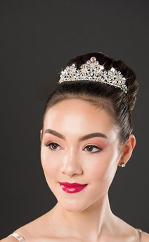 Click for more information about Aurora Borealis Clustered Tiara